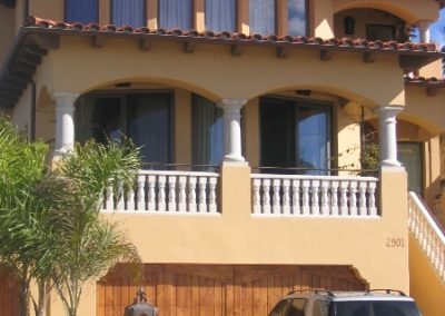arches-house-exterior
