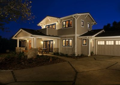 stancer-home-lighted-exterior